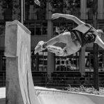 Photo: Edwin Muller Skater doing tricks on ramp