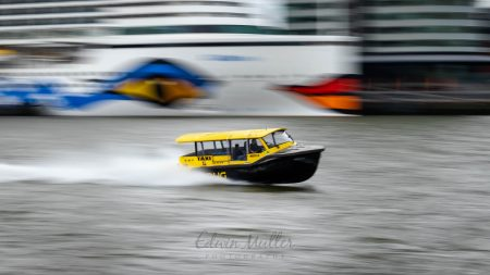 Photo: Edwin Muller A watertaxi in Rotterdam in action