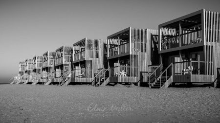 Photo: Edwin Muller Beach houses Hoek van Holland